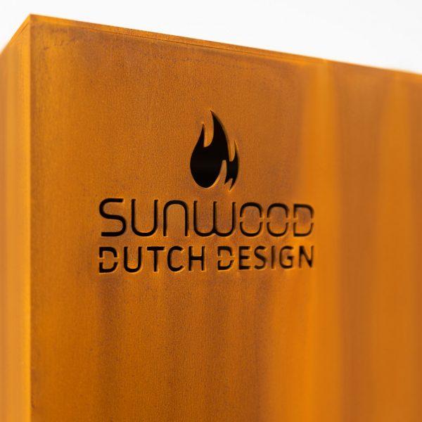 Sunwood logo in cortenstaal